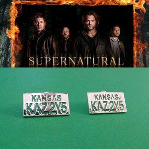 SUPERNATURAL IMPALA LICENSE KAZ2Y5 TV EARRINGS